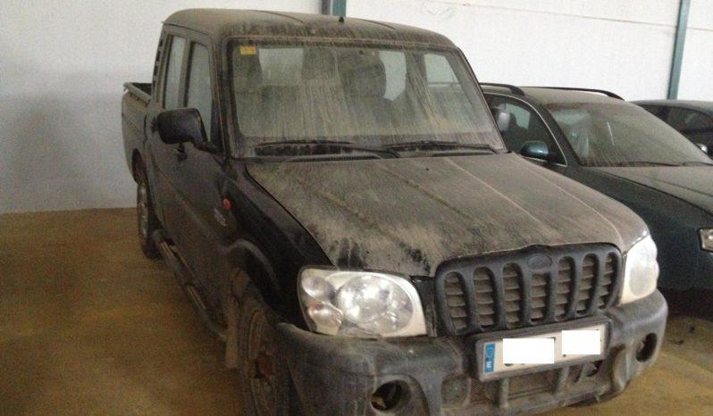 Mahindra Pick-Up lleno